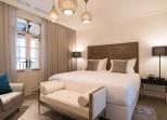 Drisco-hotel--suite-bedroom-gal